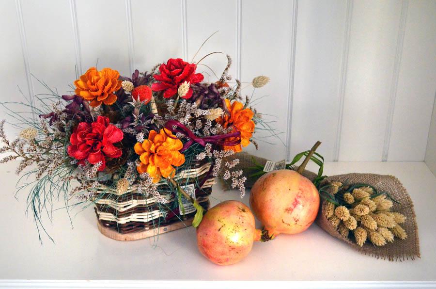 composizione floreale con frutta in stile autunnale (5)