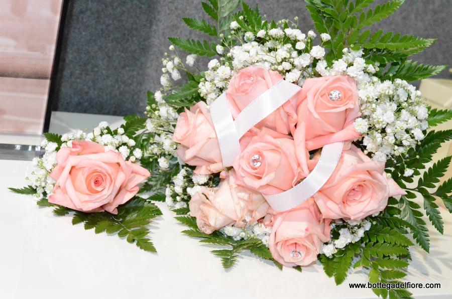Bouque per sposa e bottoniera sposo